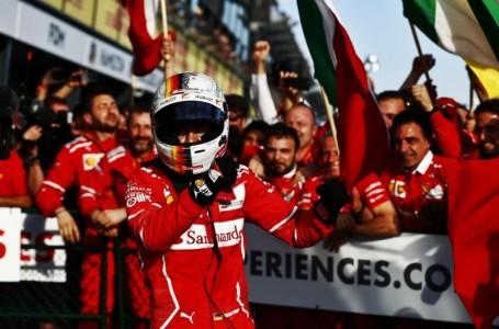 Vettel tiñe de rojo el GP de Australia