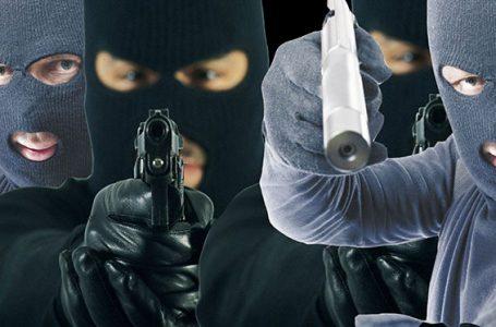 """Continúa la """"Ola de Robos"""" en Funes, con una entradera a mano armada"""