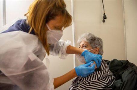 La vacuna de Oxford produce fuerte respuesta inmune en adultos mayores, según The Lancet