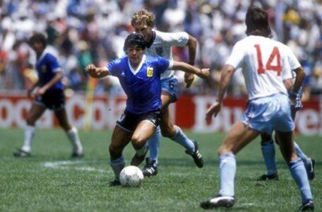El canciller italiano propuso un Argentina – Inglaterra en honor a Maradona