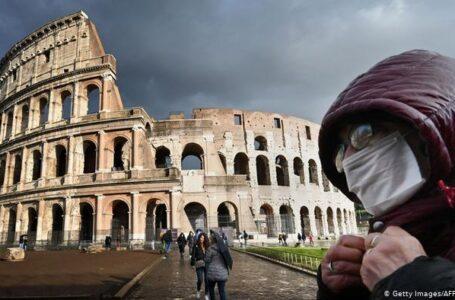 Italia extendió el toque de queda nocturno y prohibió los viajes entre regiones