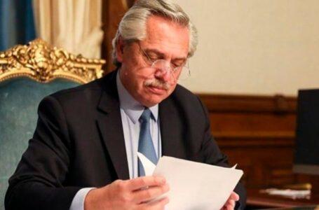 Alberto Fernández oficializó la promulgación de las leyes de Interrupción Voluntaria del Embarazo y del Plan Mil Días