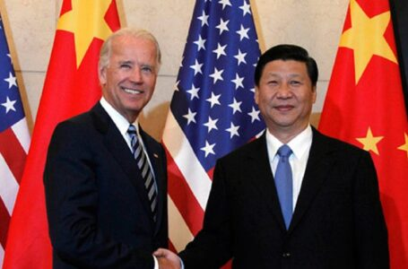 """Biden dijo que Xi Jinping """"no tiene un solo hueso democrático en su cuerpo"""""""