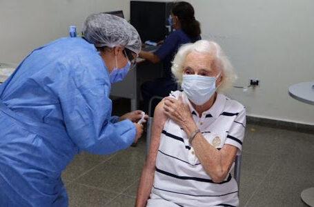 Adultos Mayores Funenses deben inscribirse para su Vacunación contra el Coronavirus
