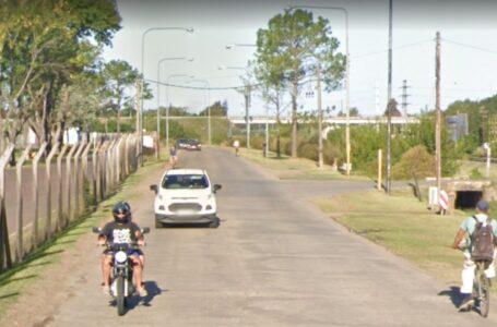 Dos motochorros arrebataron un celular  a una señora