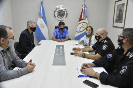 Suman 8 efectivos policiales al Comando Radioeléctrico de Funes