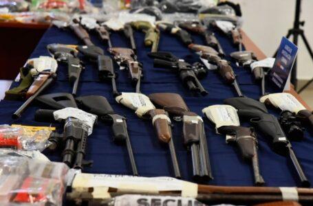 Rosario: Un policía de Criminalística y un sodero lideraban una banda que vendía armas en el mercado negro