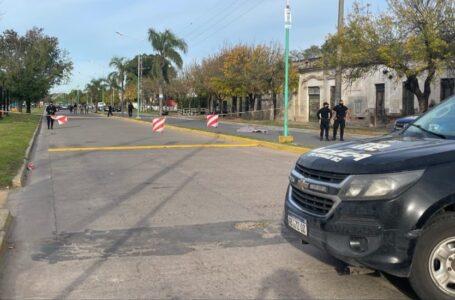 Falleció un motociclista en Roldán tras colisionar contra una soga de señalización