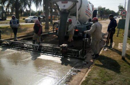 Roldán ejecuta trabajos de pavimentación en Tierra de Sueños 3