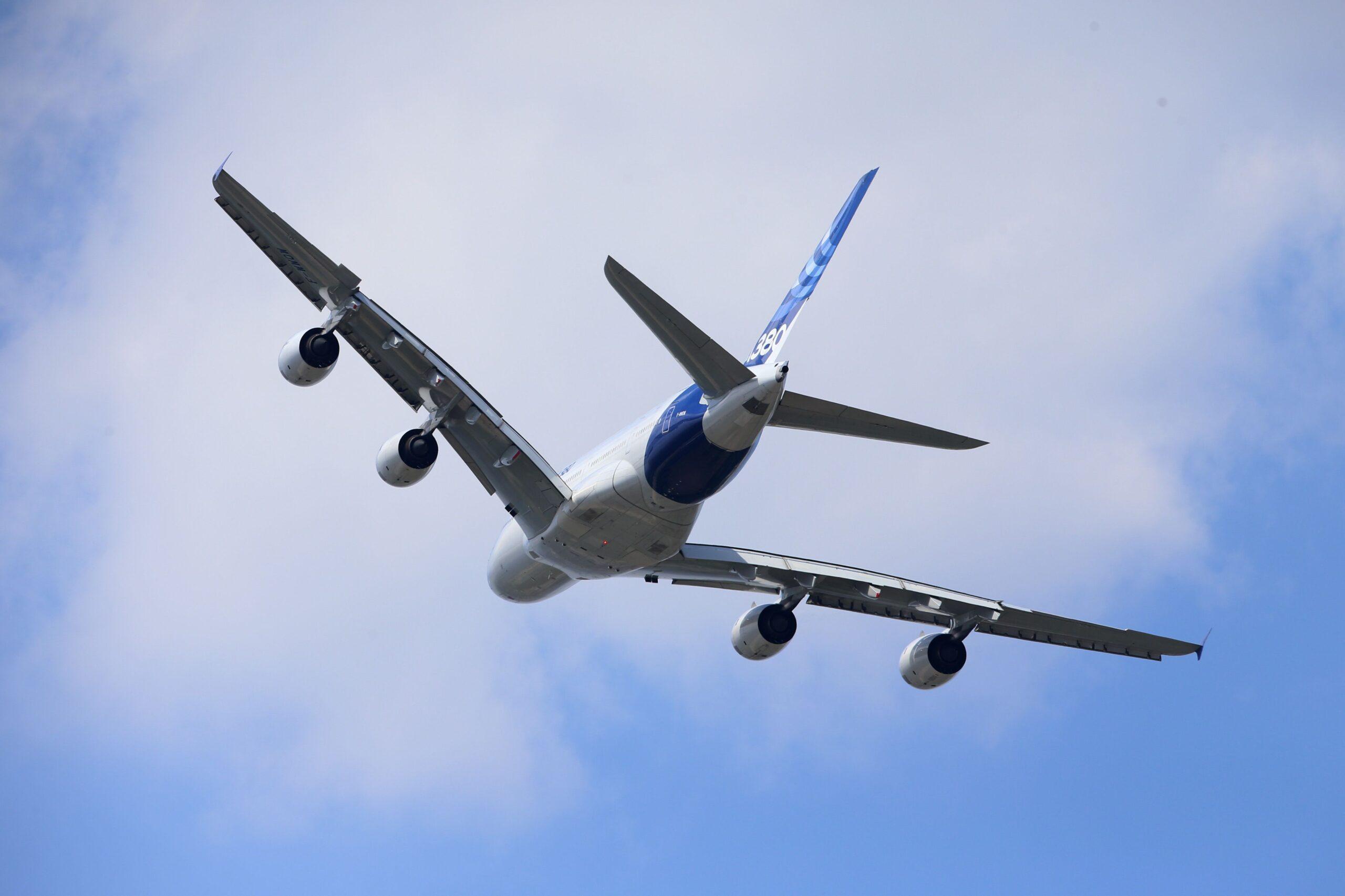 Unión Europea: vuelven los vuelos no esenciales