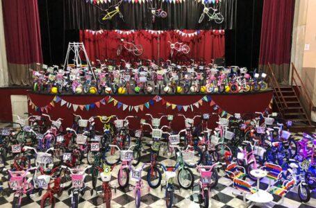 Roldán festejó el día de la niñez, con shows y sorteos