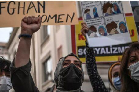 Inédito: En Afganistán, mujeres marcharon por sus derechos PIDEN NO SER EXCLUÍDAS DEL TRABAJO