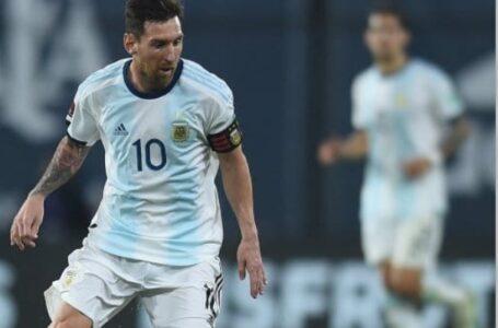 Scaloni empezó a perfilar el equipo para recibir a Bolivia