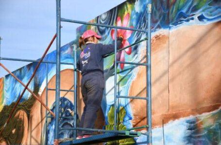 Taller de Muralismo y Arte Público Monumental en la Casa de la Cultura de Roldán